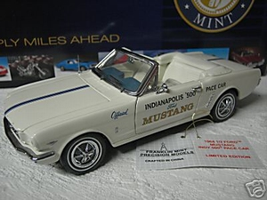 Ford Mustang 1964 1/2  Indy 500 Pace Car
