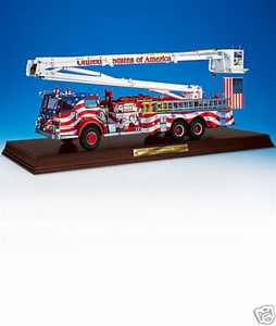 Pierce Snorkle Patriotic Fire Engine